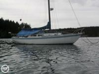 1967 Cal Western 34' sloop, featuring: - Thick strong