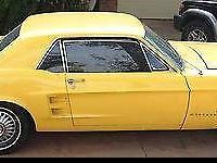 Condition: Used Outside color: Yellow Interior color: