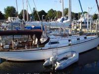 1967 Islander 37 Sloop 37ft Sail Boat 24hp Single