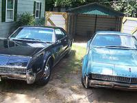 Condition: Used Exterior color: Turquoise Interior