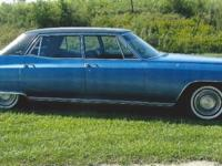Here is a nice classic 1968 Cadillac Fleetwood, powered