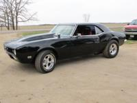 1968 Chevy Camaro SS, Stock 350, Chevy V8, AT. Lots of