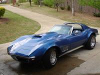 Beautiful blue 1968 Corvette in great condition. 427