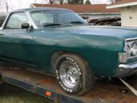 This Green Ranchero 500 has a solid body and is a great
