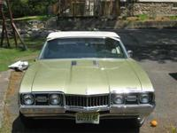 1968 Oldsmobile Cutlass S convertible, willow gold with