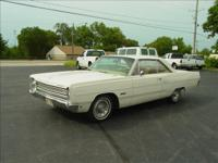A NICE 1968 PLYMOUTH FURY III , 2 door coupe , 318 V-8