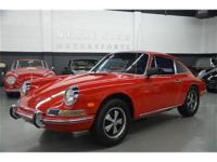 This 1968 Porsche 912 2dr Coupe features a 4 cyl 4cyl