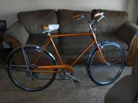 Really nice Schwinn 1968 Collegiate. Unusual color