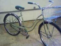 "1968 Girls Schwinn Hollywood 26"" 1-speed coaster brake"
