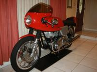 -Here we have a Genuine Dunstall 750 Commando that that