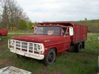 1969 1 ton dump truck for sale has cattle racks 43000