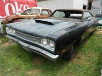1969 Dodge Coronet 440 *Super Bee Clone*. The body is