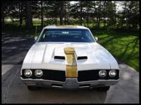 This 1969 Restored Hurst/Olds 442 is presented in Cameo