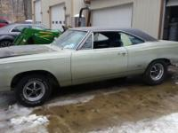 1969 Plymouth GTX. A4 Silver Metalic Paint. B7 Blue