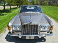 This is a rather lovely Rolls-Royce Silver Shadow Long