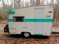 Great little vintage Shasta compact camper with
