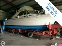 - Stock #071929 - 1969 CHRIS CRAFT 31' all fiberglass