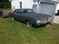 Parting out a 1971 Cutlass Supreme and a 1972 Cutlass