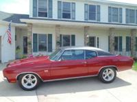 This replica/tribute of a 1970 Chevelle SS454 has it
