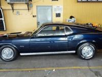1 OWNER , SUPER RARE AND DESIRABLE .1970 FASTBACK FORD