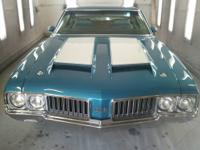 1970 442 Holiday coupe Viking blue with blue interior