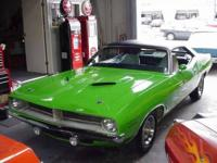 Plymouth 1970 Cuda 340 coupe in LIME GREEN 1970