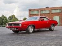 This 1970 Plymouth Cuda has a 440 C.I. 6-Pack V8 (Date