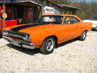 1970 Vitamin C Orange Road Runner, Nice depth and