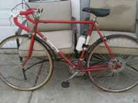 1970's Century 10 speed Road Bicycle(suntour).It has