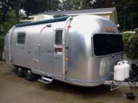 1971 Airstream Safari Travel Trailer Beautifully