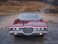 1971 ford ltd ,4 door coupe looks and runs great has