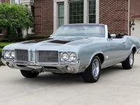 1971 Oldsmobile Cutlass S Convertible-For a faster