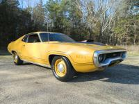 This 1971 Plymouth GTX for sale has a 440 C.I. 4BBL V8,