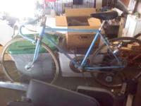 1971 Schwinn Varsity bike, asking $100. Please call .