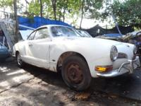 I am selling my Project 1971 Volkswagen Karmann Ghia.