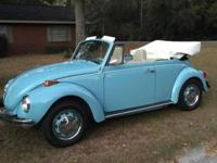 1971 VW Super Beetle Convertible: This is a beautiful