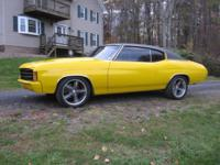Super '71 Chevelle coupe- Everything on this fine 1971