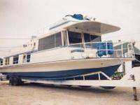 Stock Number: 705317. 1972 Kingscraft Houseboat, Very