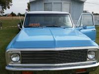 1972 Chevy C 20, exceptional condition 4 speed, 350
