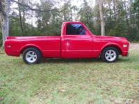 1972 Chevrolet C10 in Excellent Condition Red Exterior