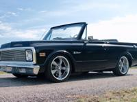 1972 Chevrolet K5 Blazer 2wd Restomod Black. This is
