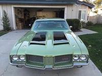 Condition: Used Exterior color: Green Interior color: