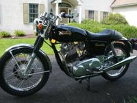 1972 Norton Commando 750 Combat. This is a matching