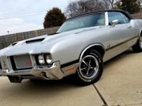 1972 Oldsmobile Cutlass 442 Convertible W-30 AC.  If