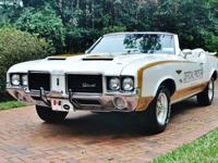 1972 Oldsmobile Cutlass Hurst Pace Car