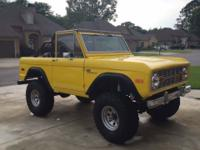 1972 Ford Bronco Sport Explorer 44 Yellow. She just