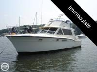 - Stock #52945 - Classic Boat. 38 foot Hatteras 38C