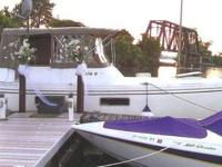 Shoal Draft model makes this a great canal cruiser
