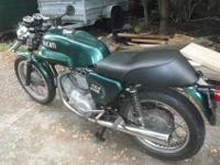 Comes with: -some spares,-has imola tank,magurri clip