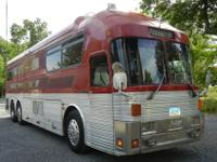 1973 40 Ft. Silver Eagle Entertainer Bus. Sleeps 12 to